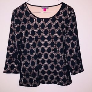 Vince Camuto   Black Lace Top 3/4 Sleeves Small